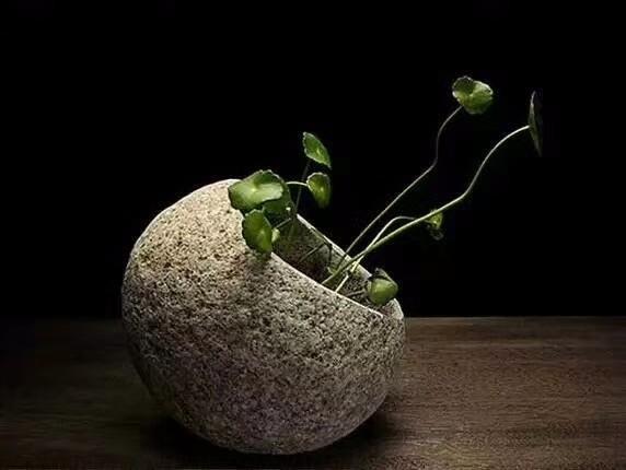天然石头花盆